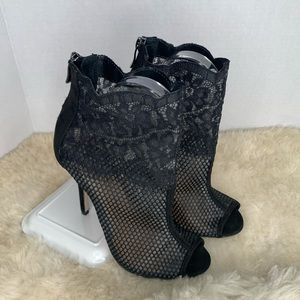 Chinese Laundry Mesh Bootie Heel Black Size 7